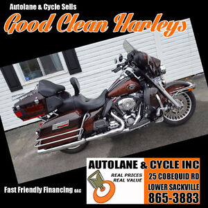2011 Harley Davidson Ultra Classic ROOT BEER COLOR Amazing