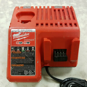 Milwaukee M18/M12 Battery Charger