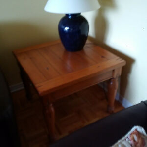 Coffee table and end tables West Island Greater Montréal image 2