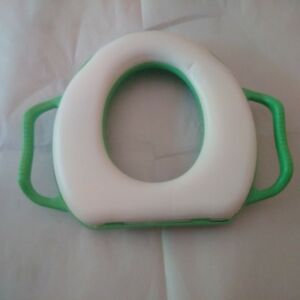 Child potty seat for toilet