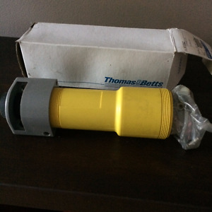 Russellstol connector 60A 250VAC 2P 3W