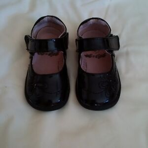 Toddler Girls Pediped shoes Excellent condition black size 6 Kitchener / Waterloo Kitchener Area image 1