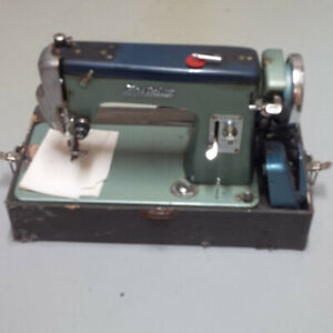 Ford Deluxe Model E M-400 Sewing Machine