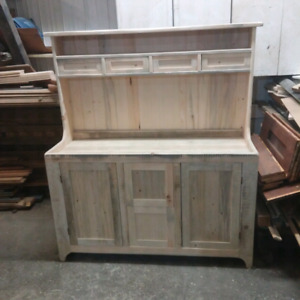 Reproduction hutch/dry sink.