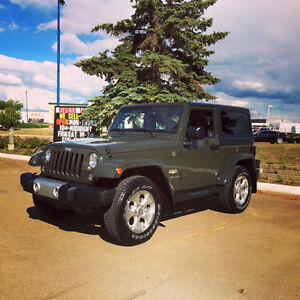 Stick Shift - 2015 Jeep Wrangler Sahara w/ hard and soft top
