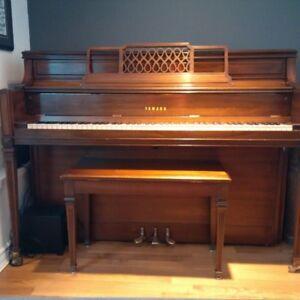 Yahama Upright Piano