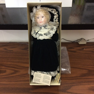 A Christmas Carol - Hudson Bay Company collectible doll 1989