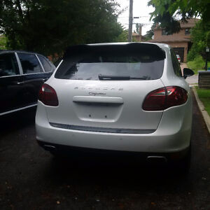 2013 Porsche Cayenne SUV, Crossover low millage OBO