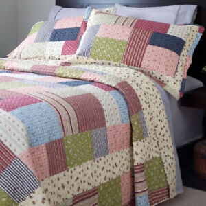 Savannah 3-Pc. Quilt Set - King NEW