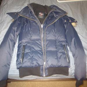 LADIES ECKO RED DOWN FILLED JACKET SIZE SMALL