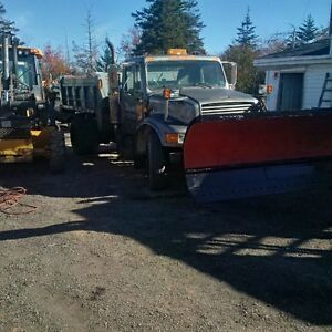 1991 International 4900 plow truck