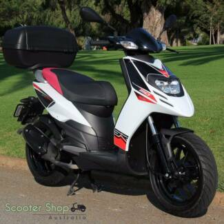 APRILIA SR MT 50 MOPED! 0% FINANCE AVAILABLE! RIDE AWAY TODAY!