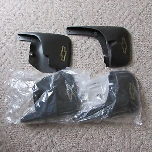 2004-2013 Chev Colorado splash guards / mud flaps