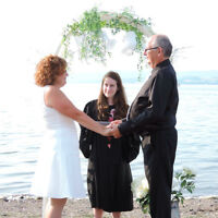 Civil Officiant for weddings / Célébrante civile pour mariages