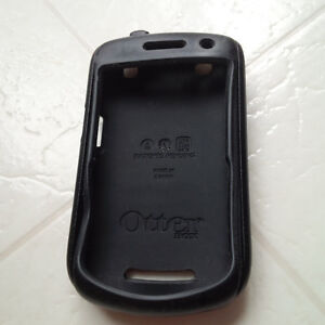Otterbox Commuter Case for Blackberry Curve 9350/9360/9370 London Ontario image 3