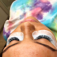 Want a FREE set of Volume Lashes! Message NOW'n