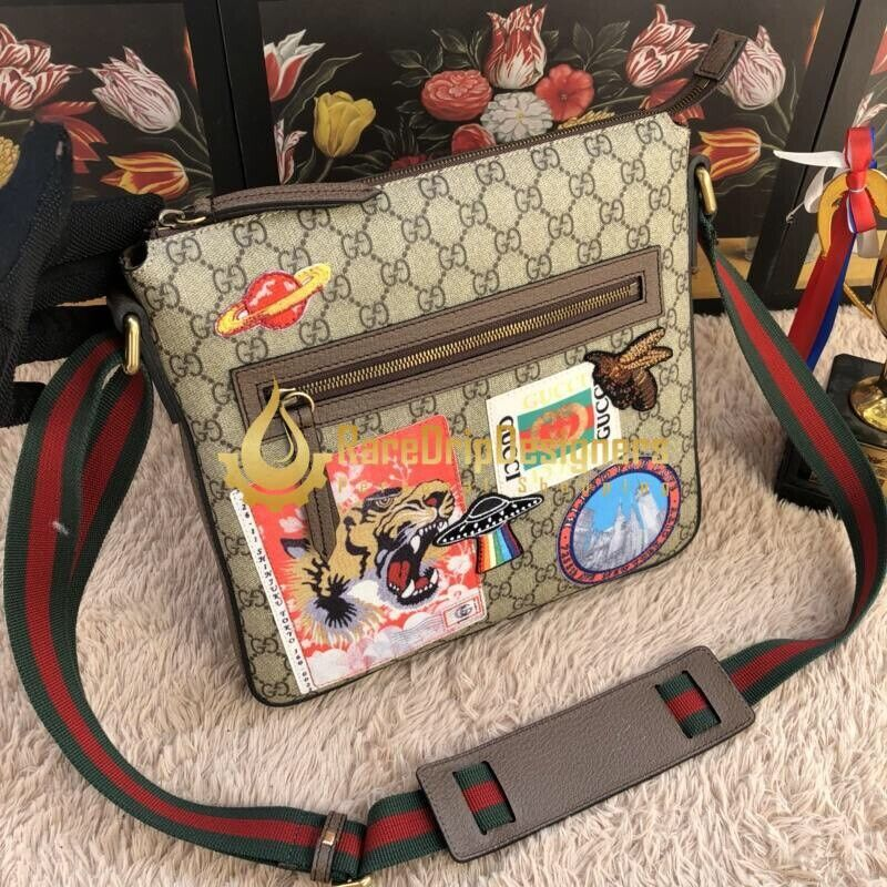ec85b206ae46 Gucci Courrier soft GG Supreme messenger Brand New | in ...