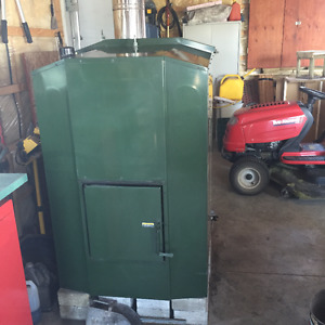 Maxim Outdoor Wood Pellet and Corn Furnace M175 /CENTRAL BOILER