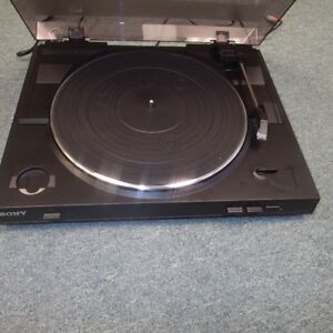 Sony Stereo Turntable Sound System (PS-LX300 USB)