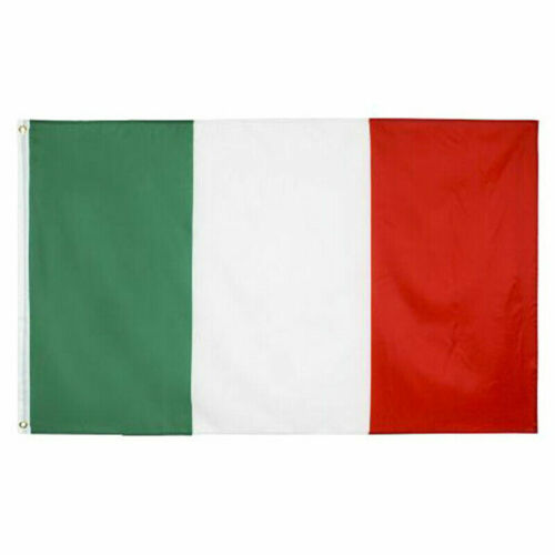 The Bandiera of Italy, 3 X 5ft Condition is BRAND NEW,  il Tricolore !