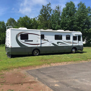 2004 Coachmen Cross Country 372DS Diesel Pusher