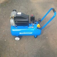 MASTERCRAFT 8 GALLON AIR COMPRESSOR IN EXCELLENT CONDITION