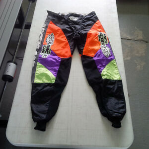 Arctic Cat Motocross Style Riding Pants A+ Shape