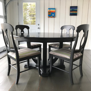 """Beautiful black dining table and four chairs - 56"""" round"""
