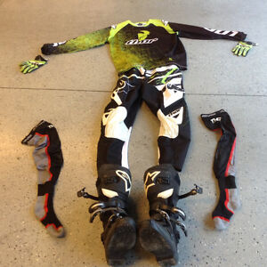 Motocross gear like new