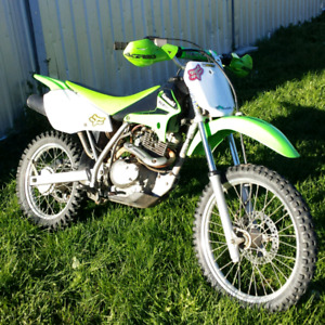 Very nice condition 2006 klx 125