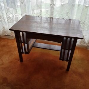 Mission Desk (Solid wood - 1910's) with chair desk.