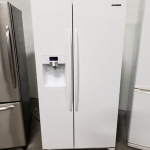 BLOWOUT SALES ON FRIDGE 36'' SAMSUNG MOD RSG257AAWP WITH WARRANT
