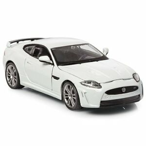 Burago 1:24 Diecast Jaguar XKR-S (Colours May Vary)