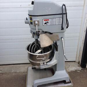 30 qt. Globe Dough Mixer