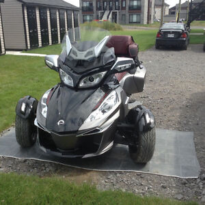 CAN AM SPYDER RT-S. SPECIALE ÉDITION