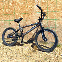 Haro Nyquist Backtrail X4 bmx Bike Great Condition