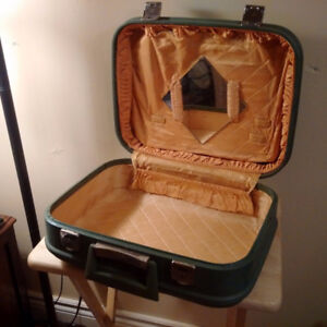 Vintage Hard-sided Olive Green Satin-lined RETRO Small Suitcase