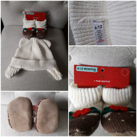 BABY'S CHRISTMAS BOOTIES AND HAT