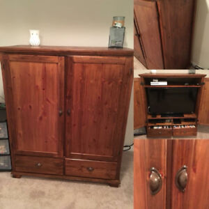 Great Wood TV Cabinet