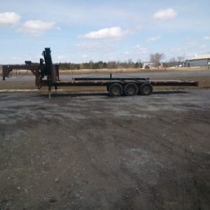 21,000 lb, 30' Gooseneck Trailer with Hiab Boom
