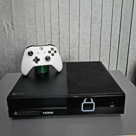 BLACK XBOX ONE **DELIVERY AVAILABLE**