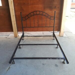 Wrought iron styled Double Bed frame with 6 leg adjustable rails