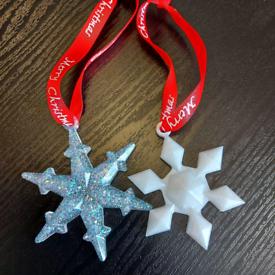 Handmade resin snow flake tree decorations