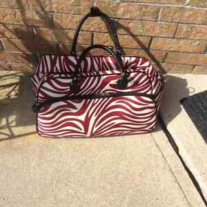 Luggage /Travel Bag with Roller. Mint!
