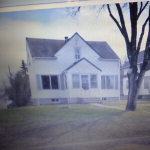 IROQUOIS FALLS ...HOME FOR RENT