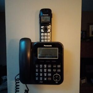 For Sale – Panasonic Digital Corded/Cordless Answering System