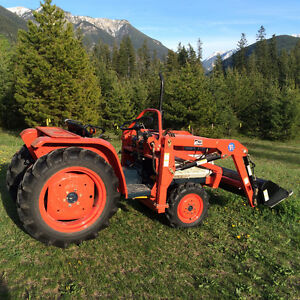 Acreage Tractor
