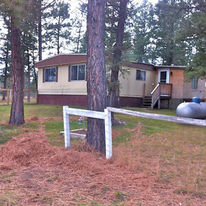 Lovely 3 Bedroom Double-Wide Trailer on private ranch