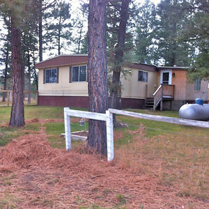 Dec.1/16 Lovely 3 Bedroom Double-Wide Trailer on private ranch