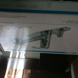 BRAND NEW KITCHEN FAUCET 80.00 OBO